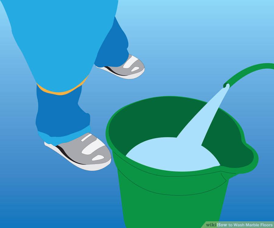 Βήμα 1: Ρίξτε δροσερό, καθαρό νερό σε ένα κουβά.